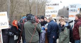 PROTEST NA ŻYWO W TVP 3